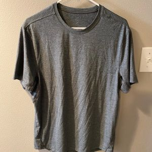 Lululemon men's metal vent shirt